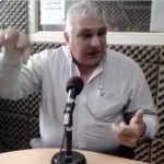 """2012 - Class FM. El Presidente de la Junta Comunal 11, Carlos Guzzini, visita """"La Bocina de Mi Barrio""""."""